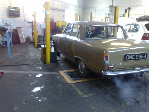 WE UNDERTAKE MOT AND SERVICE OF ROVER P6 AND OTHER CLASSICS